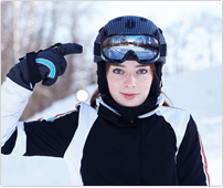 Ski and cycling helmets